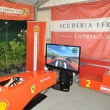 2011_07_16_17_simulatori_ferrari_evento_benefico_raccolta_035